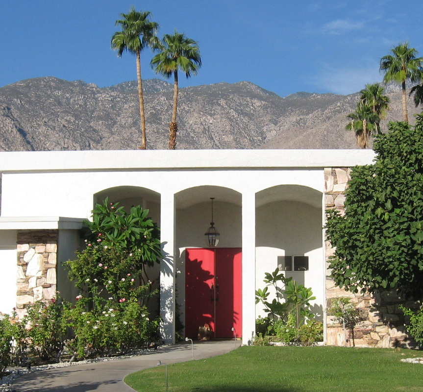 The Tour - Palm Springs Modern Tours